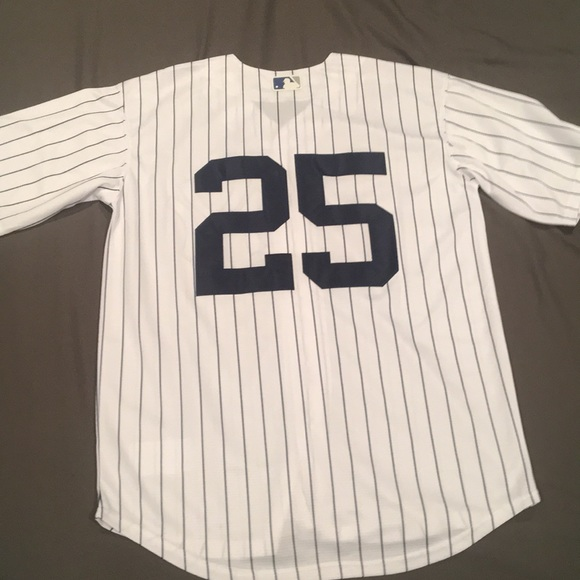 huge selection of 5d093 1e682 Gleyber Torres pinstripe #25 yankees Jersey. NWT